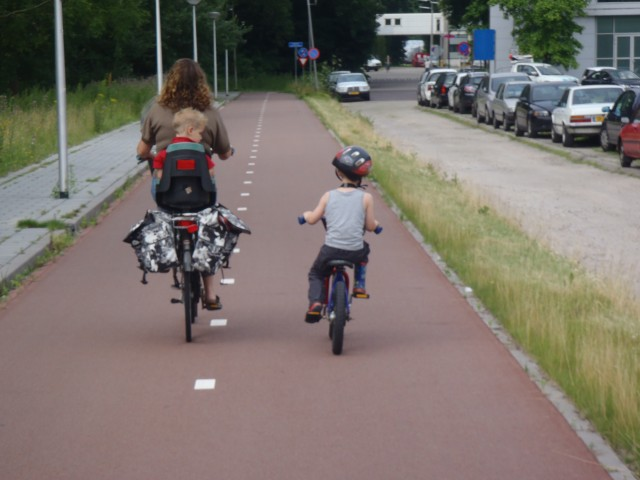 Dutch cycling infrastructure is superb