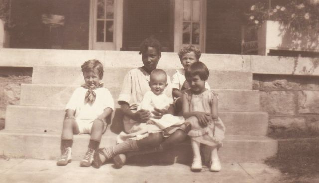 Children and their nany - 1924